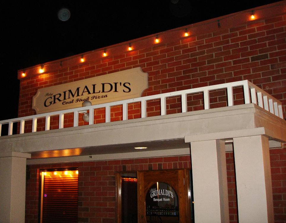 Bianco gets all the attention, but Grimaldi's is top notch