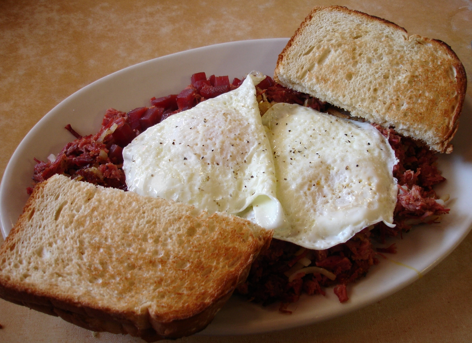 4 Aces corned beef hash is a diner classic.