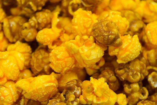 Garrett Mix combines CaramelCrisp with CheeseCorn. FOlks swear by the combination of sweet and savory.