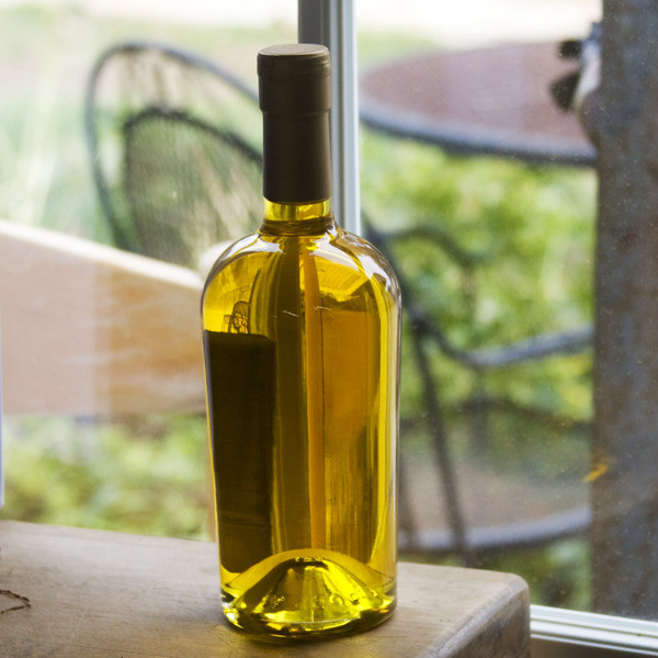 Olive Oil, Frog Hollow Farm, Brewntwood, CA