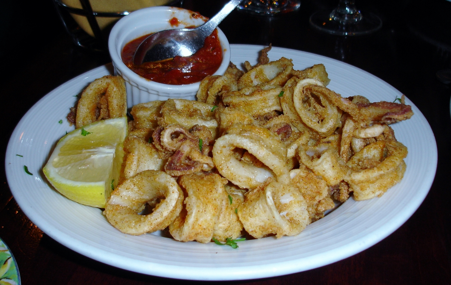 Fried calamari was the first less than stellar food we've had at Villa Barone. The squid was utterly flavorless. This is not unusual in restaurants, but the good stuff, rare as it may be, has a pleasant taste of the sea.