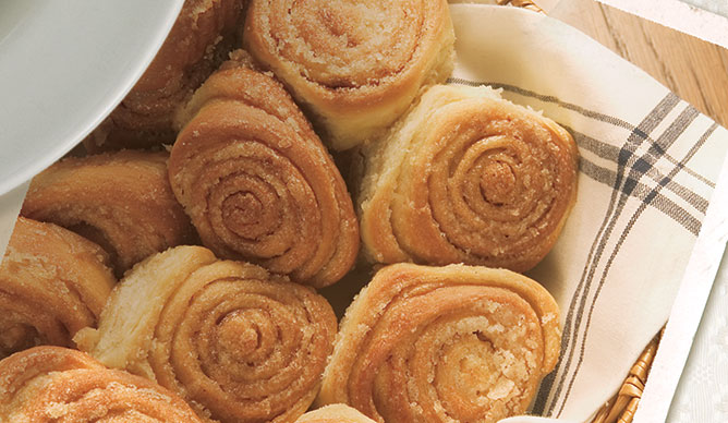 If the only good thing to eat  at Mary Mac's were the cinnamon rolls, we'd be happy. But there is so much more at this Southern dining icon!