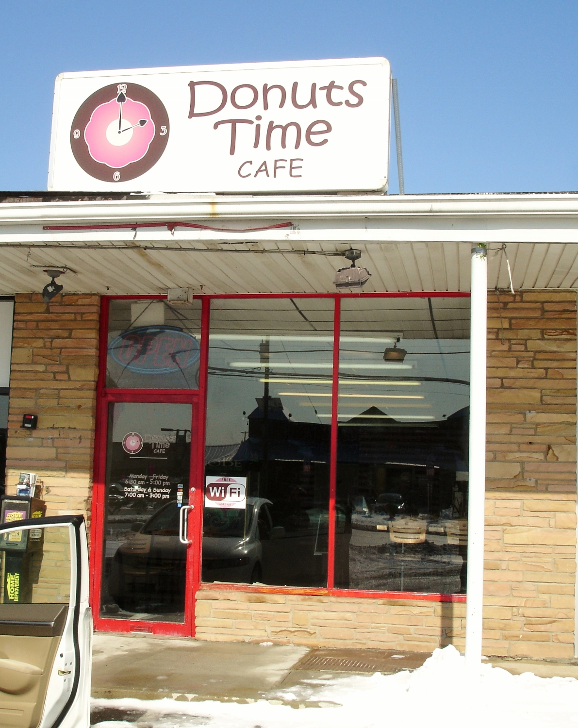 Donuts Time Cafe, Hamilton, NJ