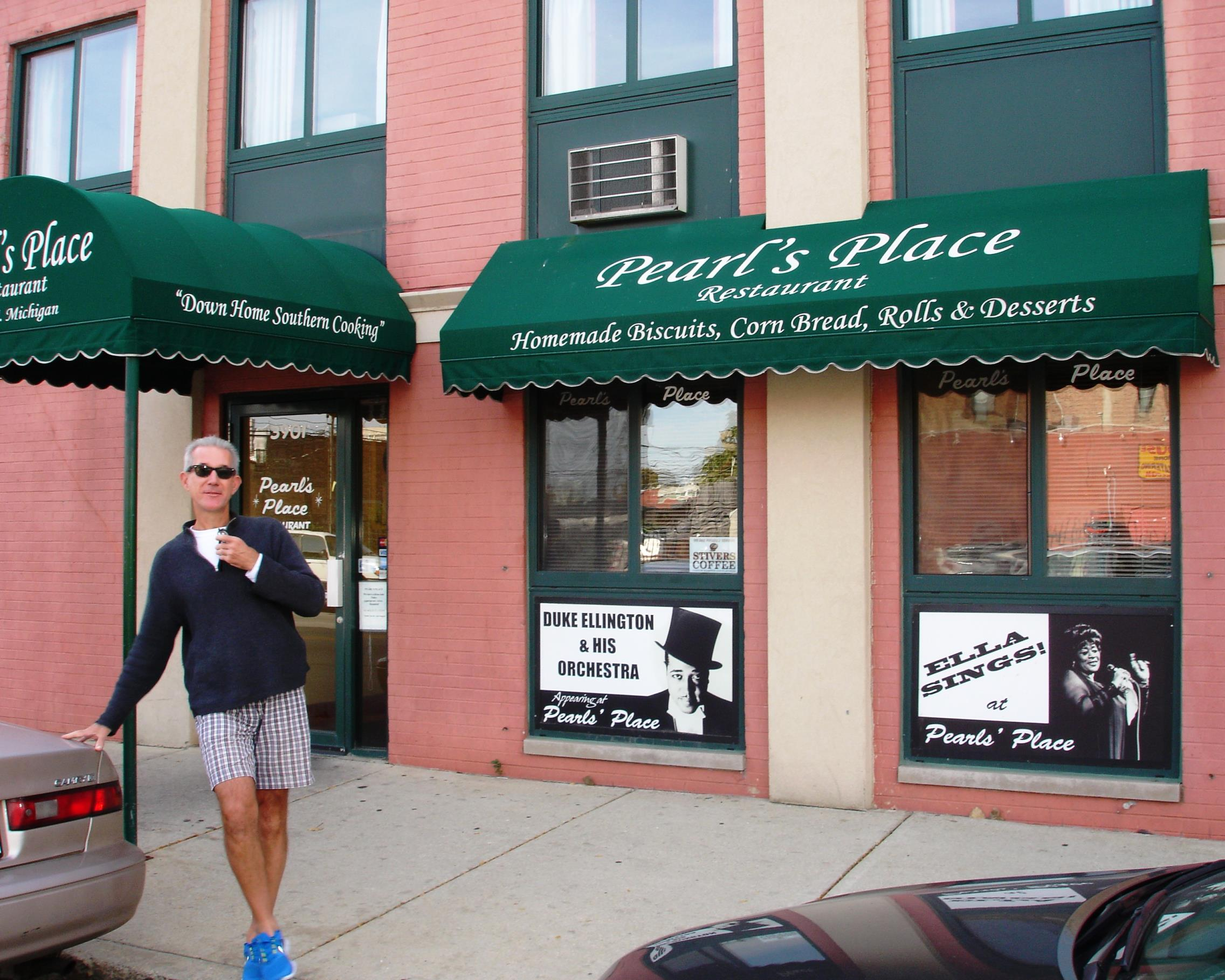 Pearl's Place is one of the dwindling number of soul food restaurants in The Windy City.
