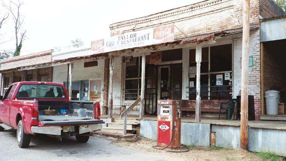 Taylor Grocery and Restaurant, Taylor MS – Left at the Fork
