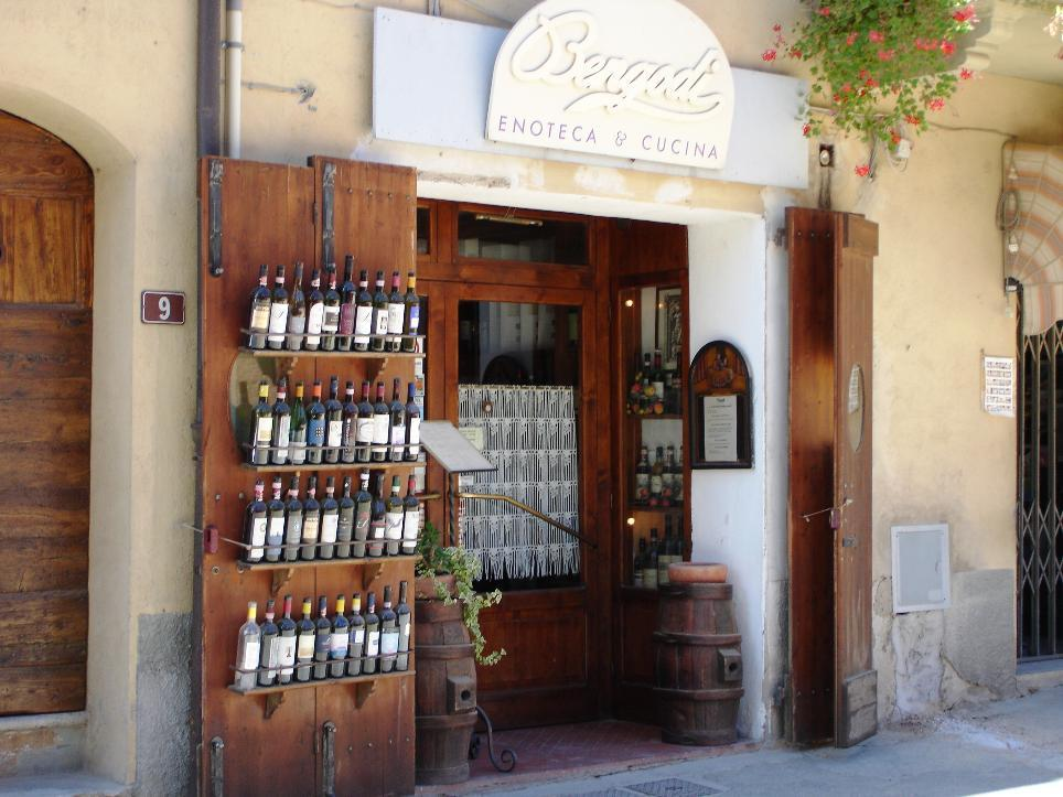 Enoteca Bengodi, Italy