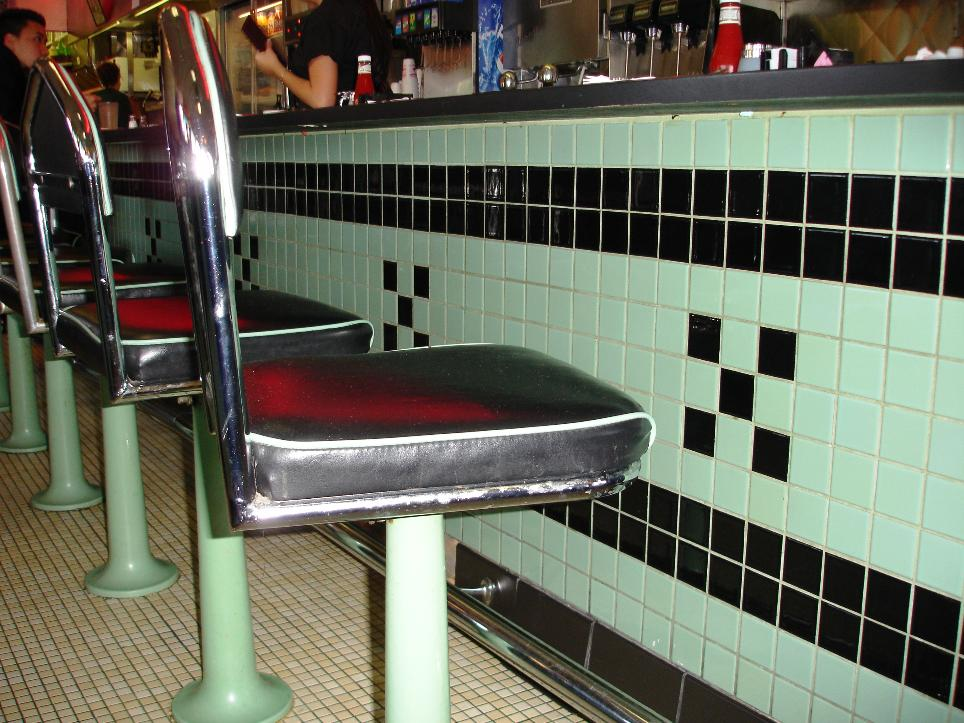 The permanent counter seats are choice for full diner immersion.