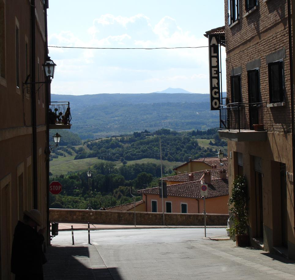 As you head down the hill from La Solita Zuppa, you are greeted with a stunning view of the southern Tuscan coutryside.