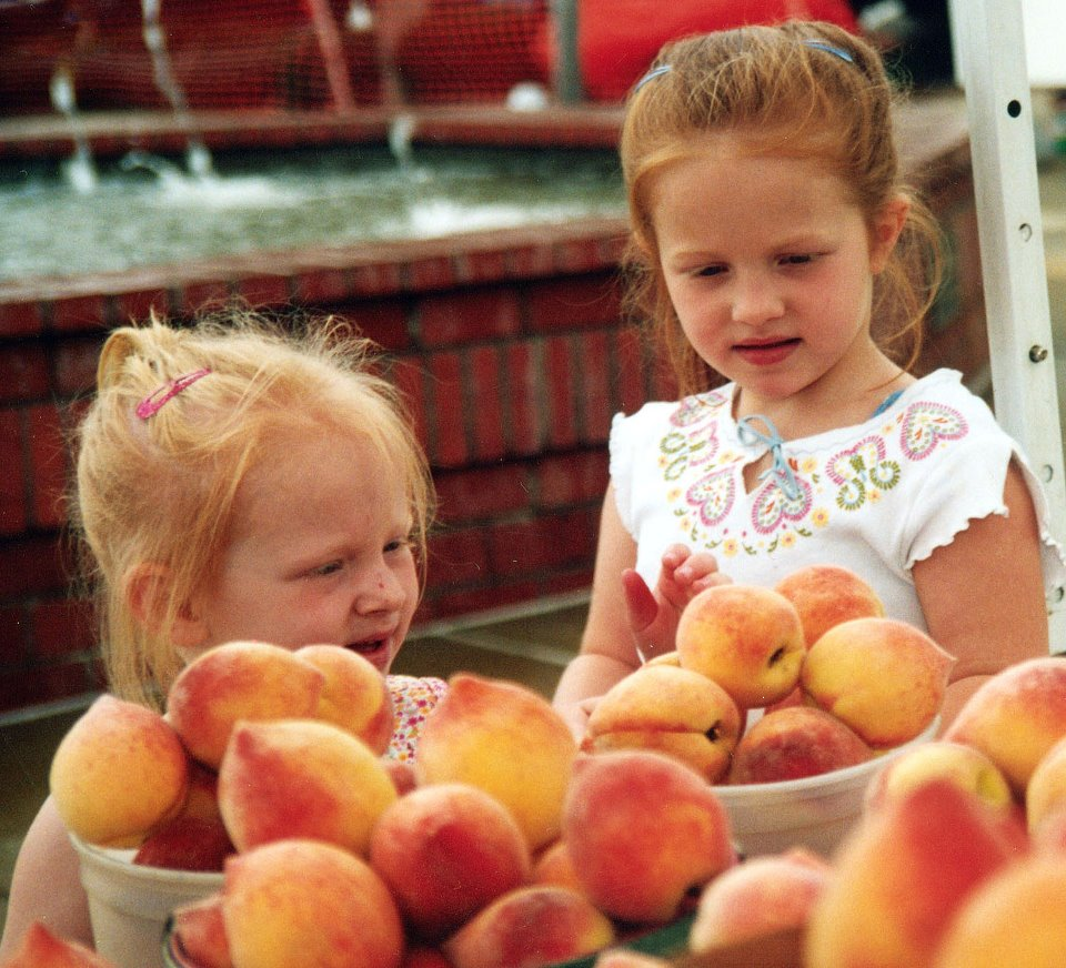 Girls Eyeing Peaches, Louisiana Peach Festival, Ruston, LA