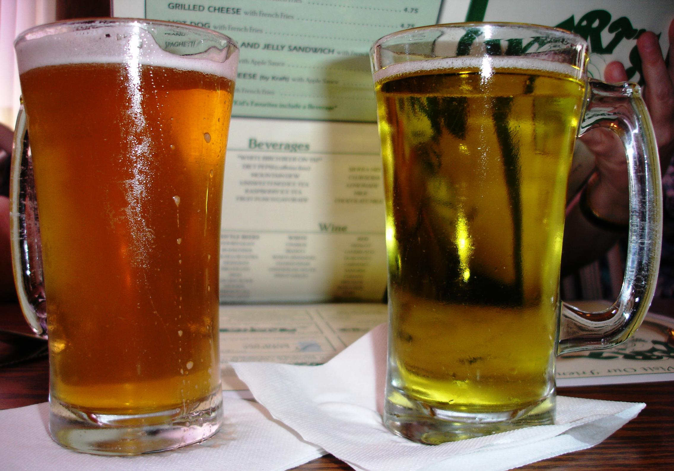 Wert's once served that rarest of birch beers, the amber birch (on the right), which pretty much looks like a glass of lager. Alas, it's no longer made. Today's birch is clear.