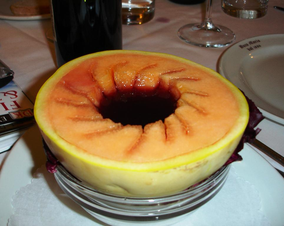 1/2 Melone al Porto: The melons we encountered were just amazing.  Never have we had melon in the US as ripe, sweet, and full of flavor as the ones we had in Italy.