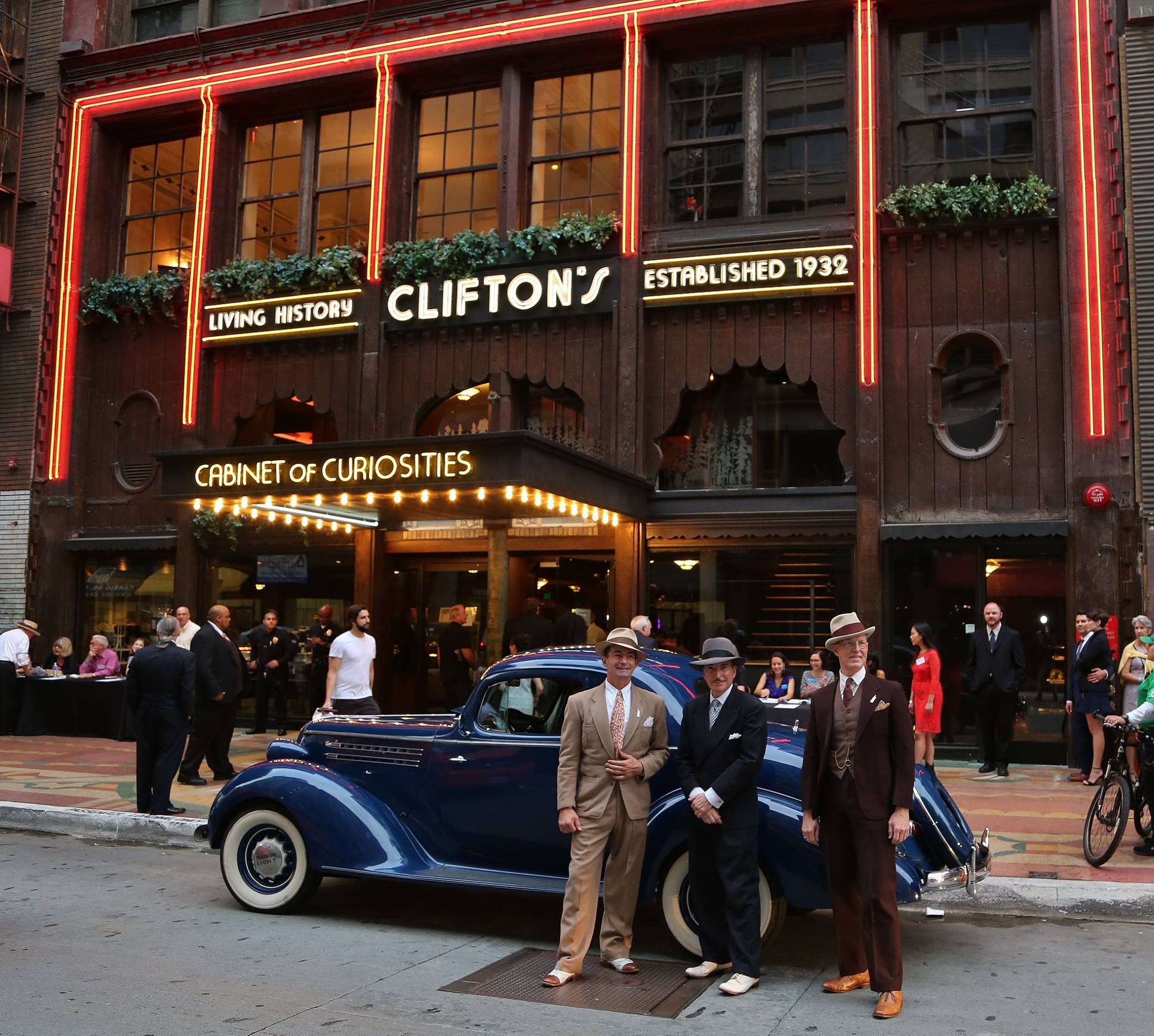 Clifton S Cafeteria Of La Finally Open Left At The Fork