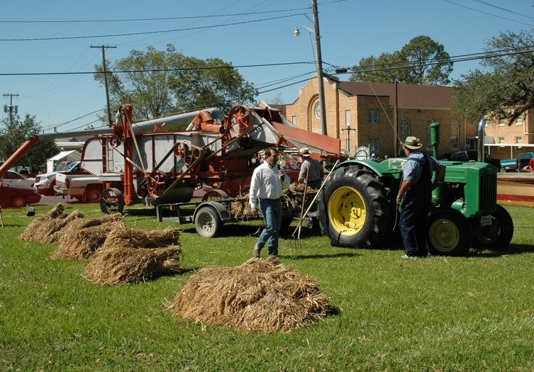 The threshing demo will take place on Saturday.